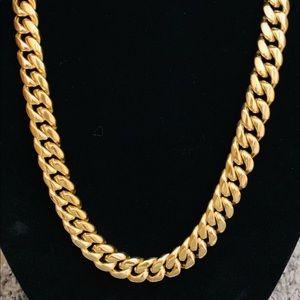Jewelry - Cuban link (chain)